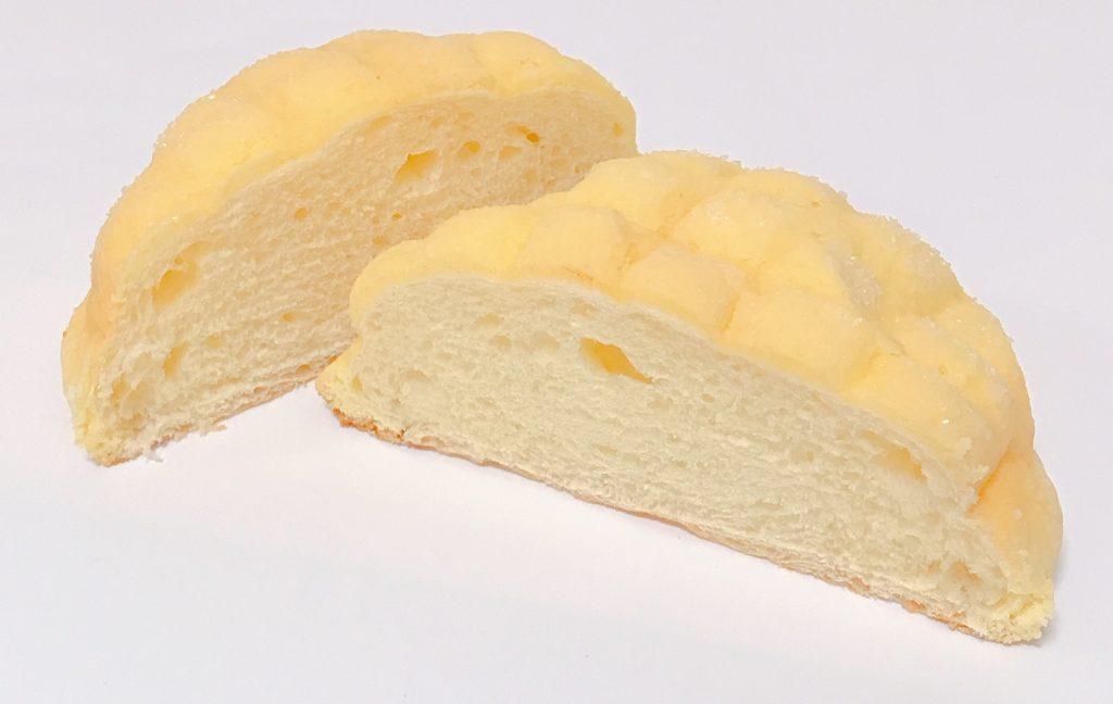 ローソンの香るバターのサックリメロンパン