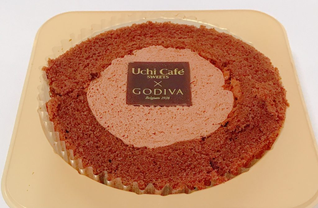 ローソンのショコラロールケーキ