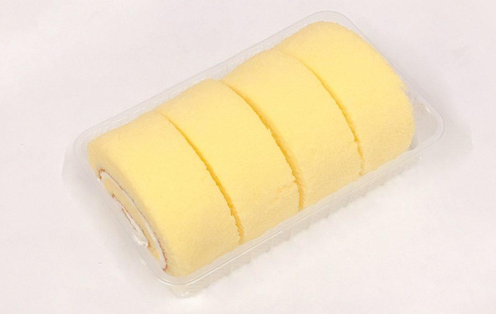 ファミマのふわふわロールケーキ(バニラクリーム)